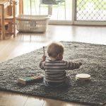 なぜ乳幼児を育てるママは孤独を感じるの?